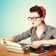 Студия копирайтинга или фрилансеры — у кого заказать статью?