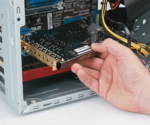 Звуковая карта в системном блоке компьютера